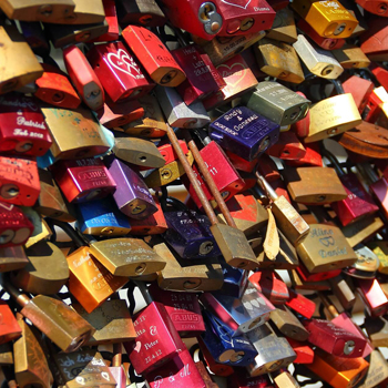 Love Locks – The Great Padlock Debat